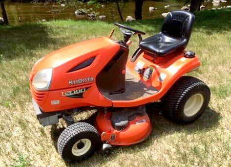 Kubota T2080 lawn tractor photo