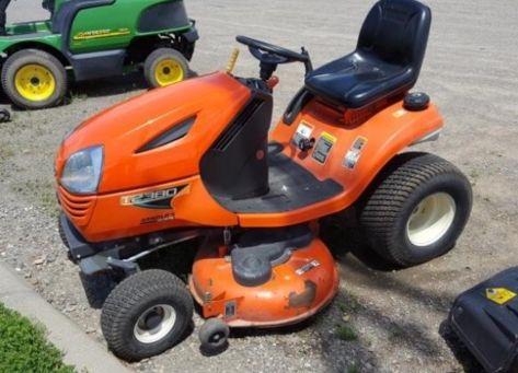 Kubota T2380 lawn tractor photo