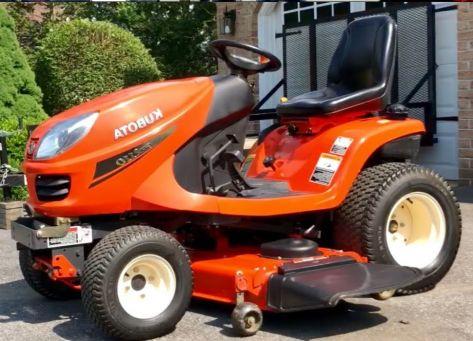 Kubota GR2110 lawn tractor photo