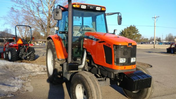AGCO LT95A tractor photo