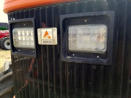 AGCO DT200A tractor light