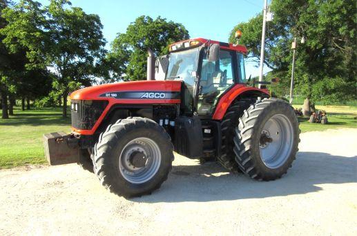 AGCO DT180 tractor photo