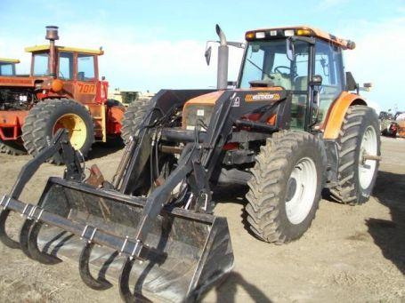 AGCO RT120 tractor photo