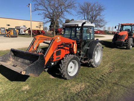 AGCO GT75 tractor photo
