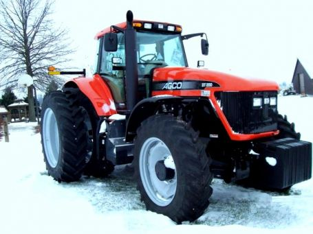 AGCO DT200A tractor photo