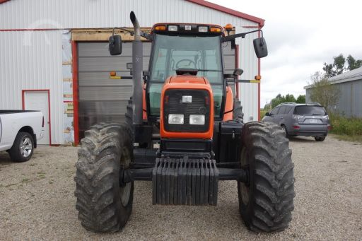 AGCO RT135 tractor photo