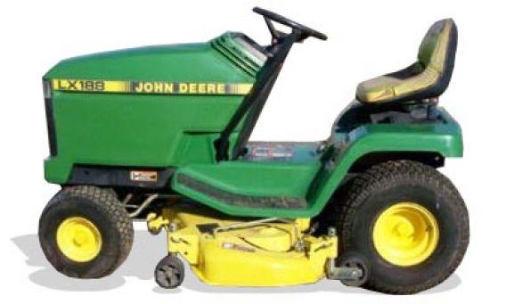 John Deere LX172 lawn tractor photo