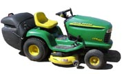 John Deere LTR166 lawn tractor photo