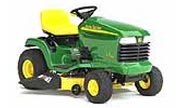 John Deere LT170 lawn tractor photo